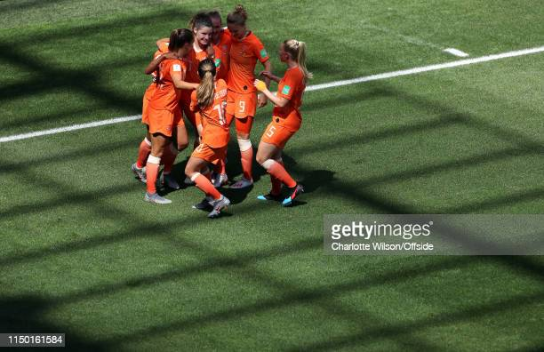 Dominique Bloodworth of the Netherlands celebrates scoring their 2nd goal during the 2019 FIFA Women's World Cup France group E match between...