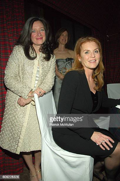 Dominique Browning Sarah Ferguson and Duchess of York attend THE NEW YORK BOTANICAL GARDEN Hosts The Orchid Dinner at Rainbow Room on February 6 2007...