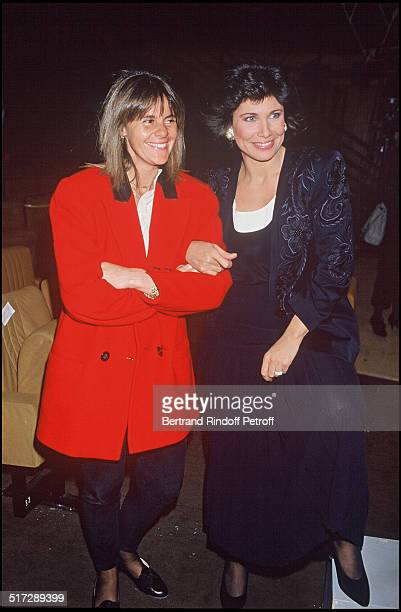 Dominique Cantien and Anne Sinclair in the backstage of The 80's Tv Show En 1989