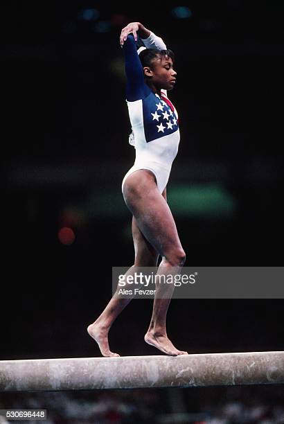 dominique dawes at 1996 olympic games - 1996 summer olympics atlanta stock pictures, royalty-free photos & images