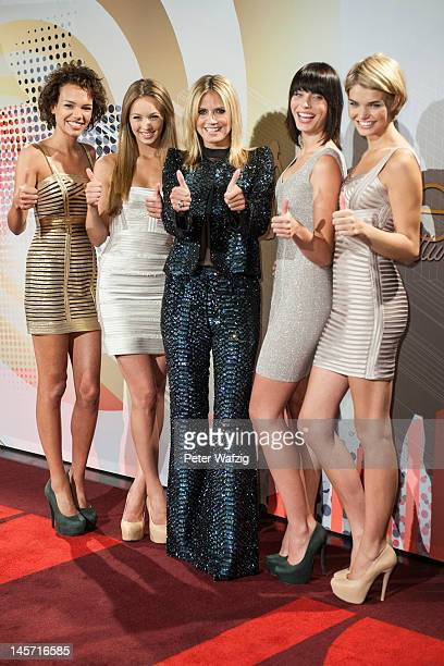 Dominique Miller Kasia Lenhard Heidi Klum SarahAnessa Hitzschke and Luisa Hartema attend the Germany's Next Topmodel Finalists Photocall at the...
