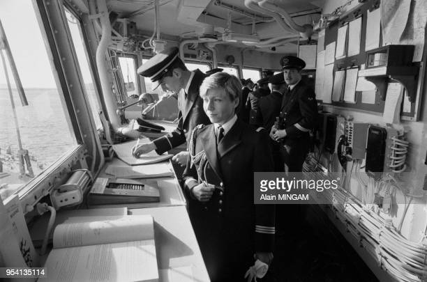 Dominique Roux 1ère femme commandant sur la Jeanne d'Arc bateau école de la marine française Brest le 8 décembre 1983 France