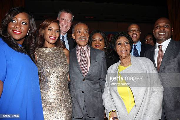 Dominique Sharpton, Aisha McShaw, NYC Mayor Bill de Blasio, Reverend Al Sharpton, Ashley Sharpton, and Aretha Franklin celebrate Al Sharpton's 60th...