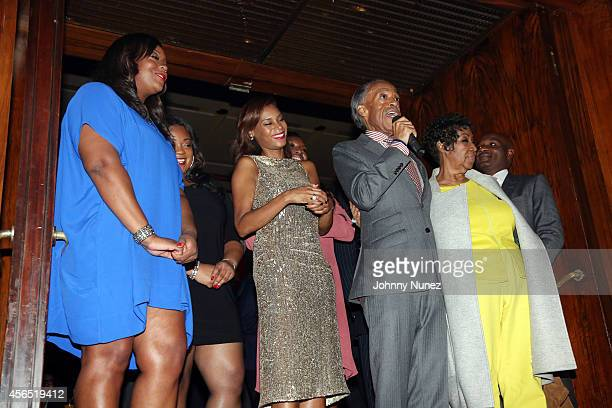 Dominique Sharpton, Ashley Sharpton, Aisha McShaw, Reverend Al Sharpton, and Aretha Franklin celebrate Al Sharpton's 60th birthday at Four Seasons...
