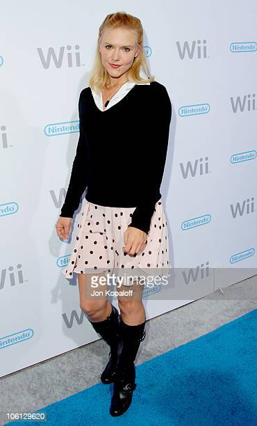 Dominique Swain during Nintendo Wii Launch Party Arrivals November 16 2006 at Kodak Theatre in Hollywood California United States