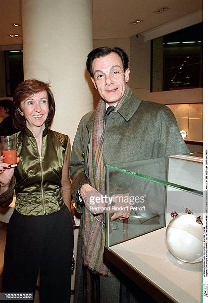 Dominique Watine Arnault Kristen Van Riel party fine jewelry collection summer 2002 at the store Boutique Fred
