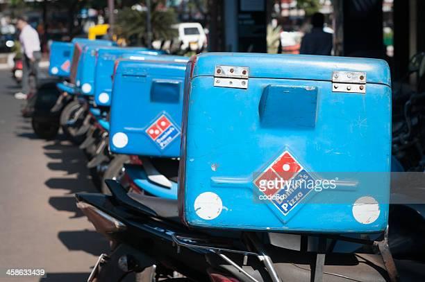 Consegna Pizza di Dominos biciclette, Goa, India