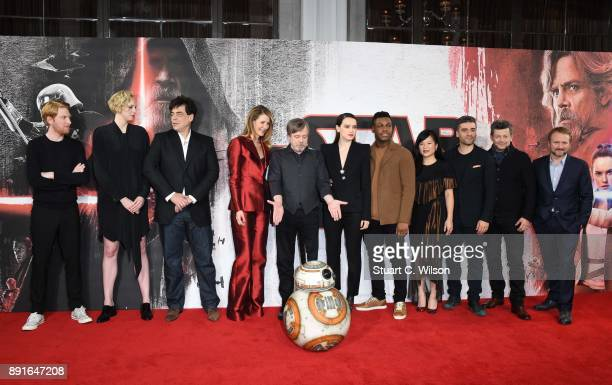 Domnhnall Gleeson Gwendoline Christie Benicio Del Toro Laura Dern Mark Hamill Daisy Ridley John Boyega Kelly Marie Tran Oscar Isaac Andy Serkis and...