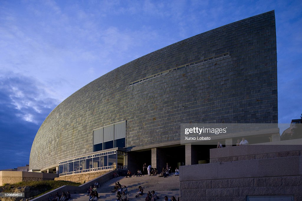 UNS: Pritzker-Winning Architect Arata Isozaki's Designs