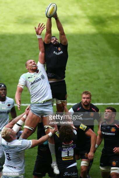 Don Armand of Exeter Chiefs and Nick Isiekwe of Saracens compete to win a line out ball during the Aviva Premiership Final between Saracens and...