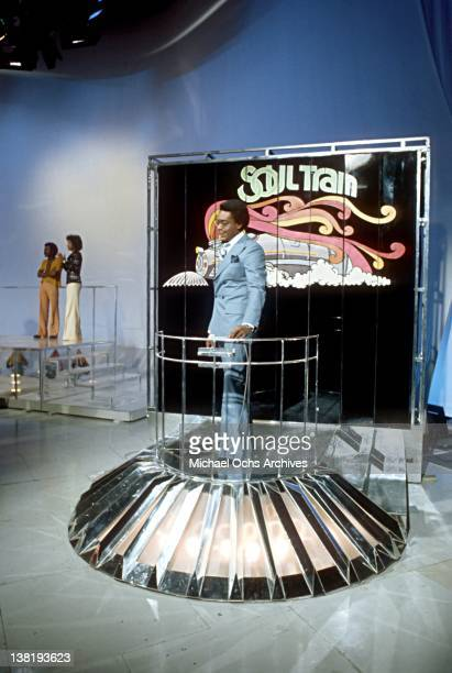Don Cornelius host and producer of the TV show 'Soul Train' on the set circa 1977 in Los Angeles California