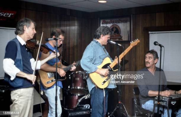 Don Everly of the popular duo The Everly Brothers enjoys a jam session with friends at the singer's Kentucky inn in 1998 Everly who was born in...