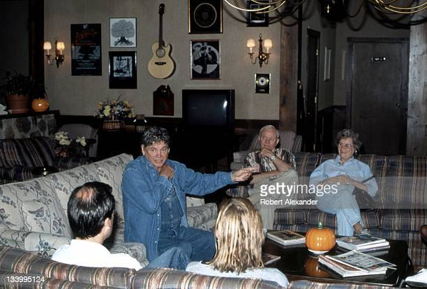 Don Everly of the popular duo The Everly Brothers talks with guests at the singer's Kentucky inn in 1998 Everly who was born in Kentucky bought the...