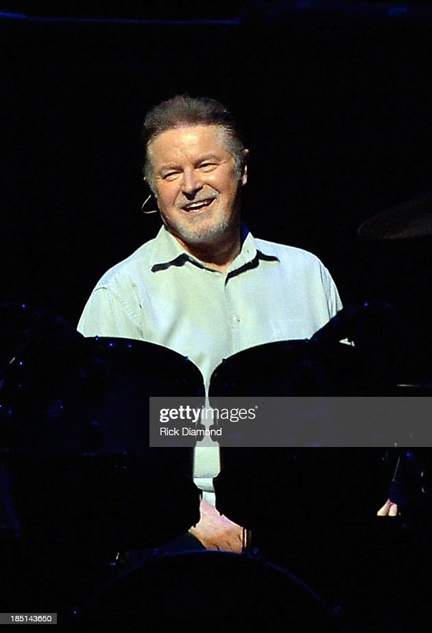 History Of The Eagles Live In Concert - Show - Nashville, Tennessee : News Photo