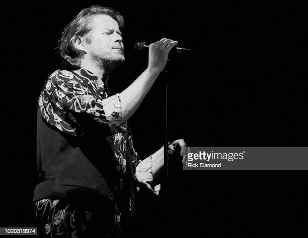 Don Henley performs at Chastain Park Amphitheater June 25, 1991 in Atlanta, Georgia.