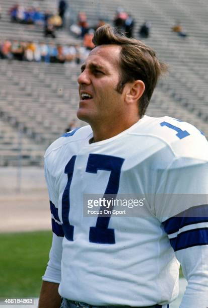 Don Meredith of the Dallas Cowboys looks on during pregame warm ups prior to the start of an NFL football game circa 1967 Meredith played for the...