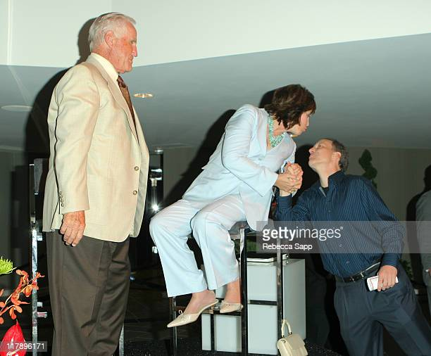 Don Shula Mary Anne Shula and Jim Gray during Shula's 347 Opening at Sheraton Gateway Hotel in Los Angeles California United States