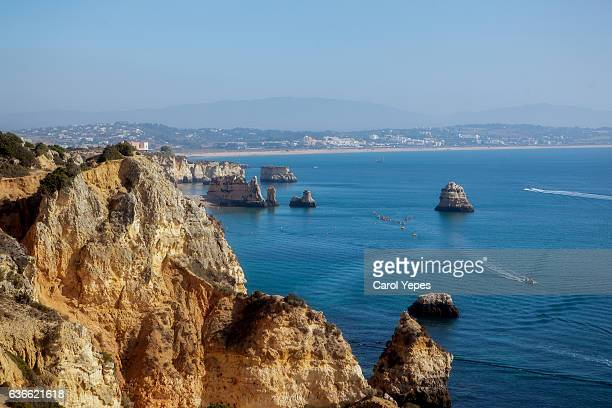 dona ana beach, lagos, portugal - lagos portugal stock photos and pictures