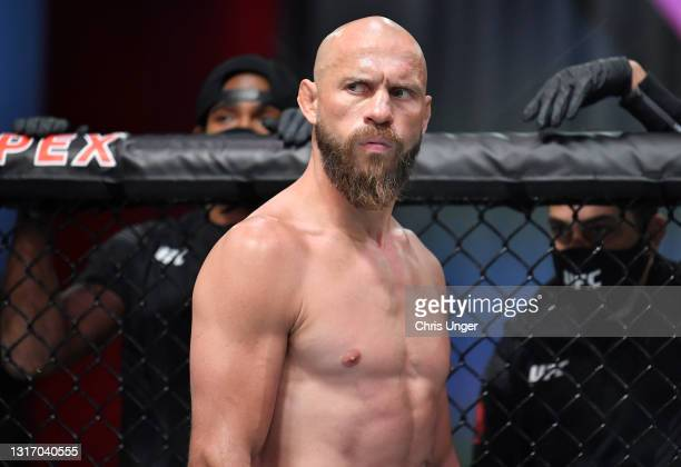Donald 'Cowboy' Cerrone prepares to fight Alex Morono in a welterweight fight during the UFC Fight Night event at UFC APEX on May 08, 2021 in Las...