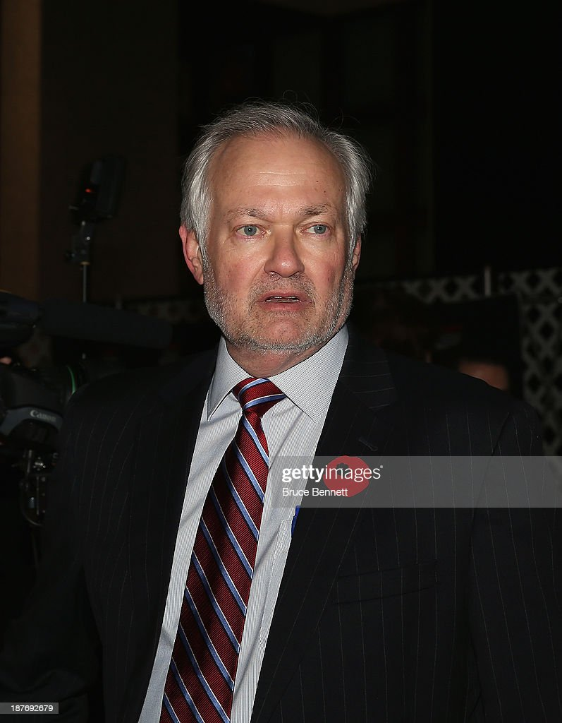 2013 Hockey Hall Of Fame Induction - Red Carpet : News Photo