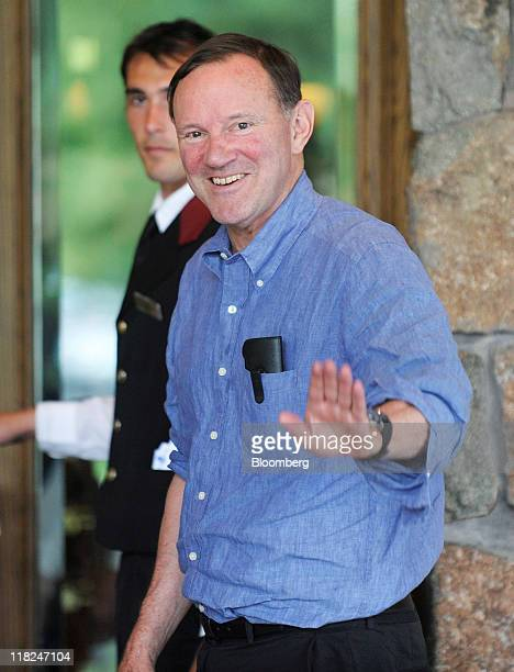 Donald Graham chairman and chief executive officer of The Washington Post Co arrives at the 29th annual Allen Co Media and Technology Conference In...