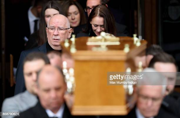 Donald Ibbetson attends the funeral of Liz Dawn at Salford Cathedral on October 6 2017 in Salford England Actress Liz Dawn played Vera Duckworth in...