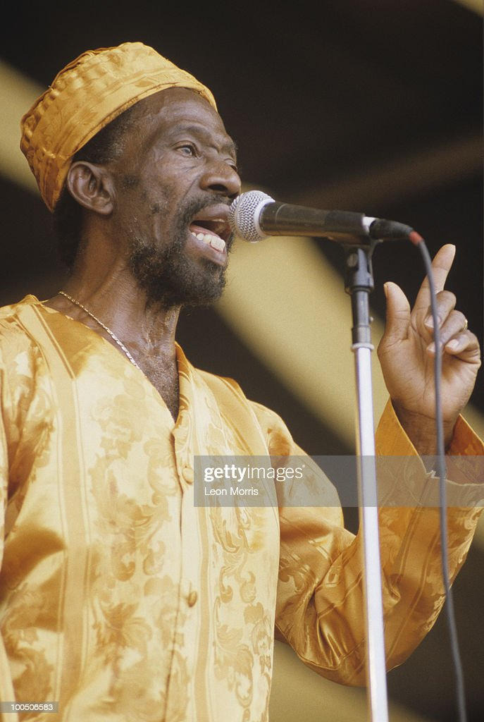 Donald Manning of The Abyssinians performs on stage at the New Orleans Jazz and Heritage Festival in New Orleans, Louisiana on April 28, 2001.