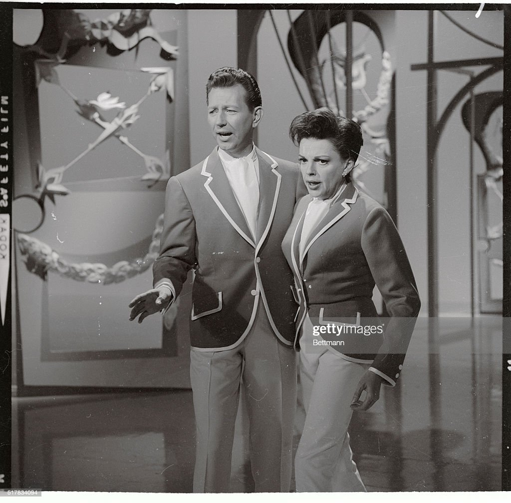 Donald O\'Connor and Judy Garland Pictures | Getty Images