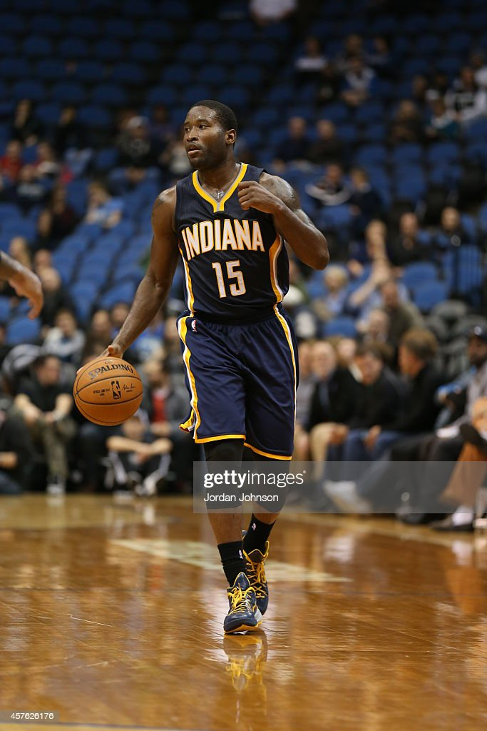 Donald Sloan #15 of the Indiana Pacers brings the ball up court against the Minnesota Timberwolves on October 21, 2014 at Target Center in Minneapolis, Minnesota.