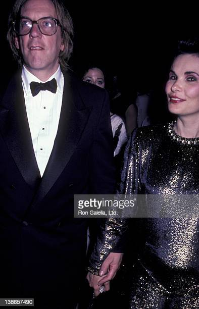Donald Sutherland and Francine Racette attend Film Society of Lincoln Center Tribute Gala Honoring Federico Fellini on June 20 1985 at Lincoln Center...