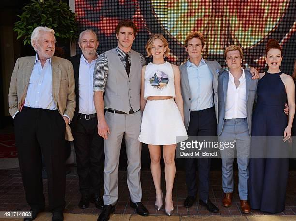 Donald Sutherland director Francis Lawrence Liam Hemsworth Jennifer Lawrence Sam Claflin Josh Hutcherson and Julianne Moore appear at Lionsgate's...