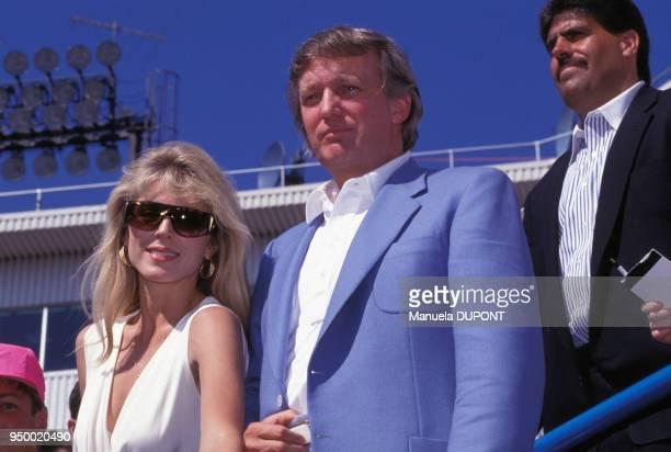 Donald Trump et son amie Marla Maples au tournoi de tennis de Flushing Meadows le 7 septembre 1991 à New York EtatsUnis