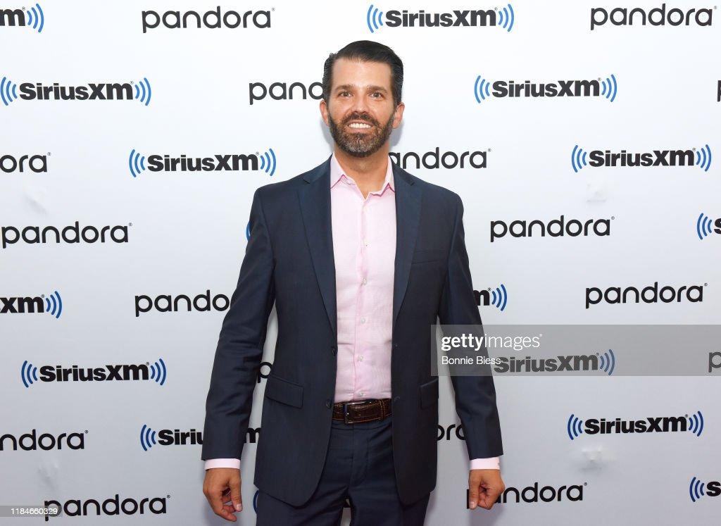 Celebrities Visit SiriusXM - October 31, 2019 : News Photo