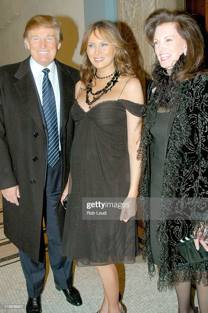 Fashion Elite Honors Andre Leon Talley - December 5, 2005 : News Photo
