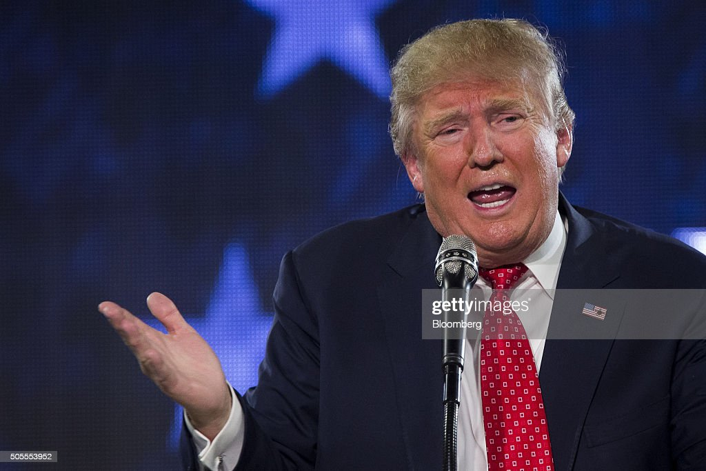 Presidential Candidate Donald Trump Speaks At Liberty University Convocation : News Photo