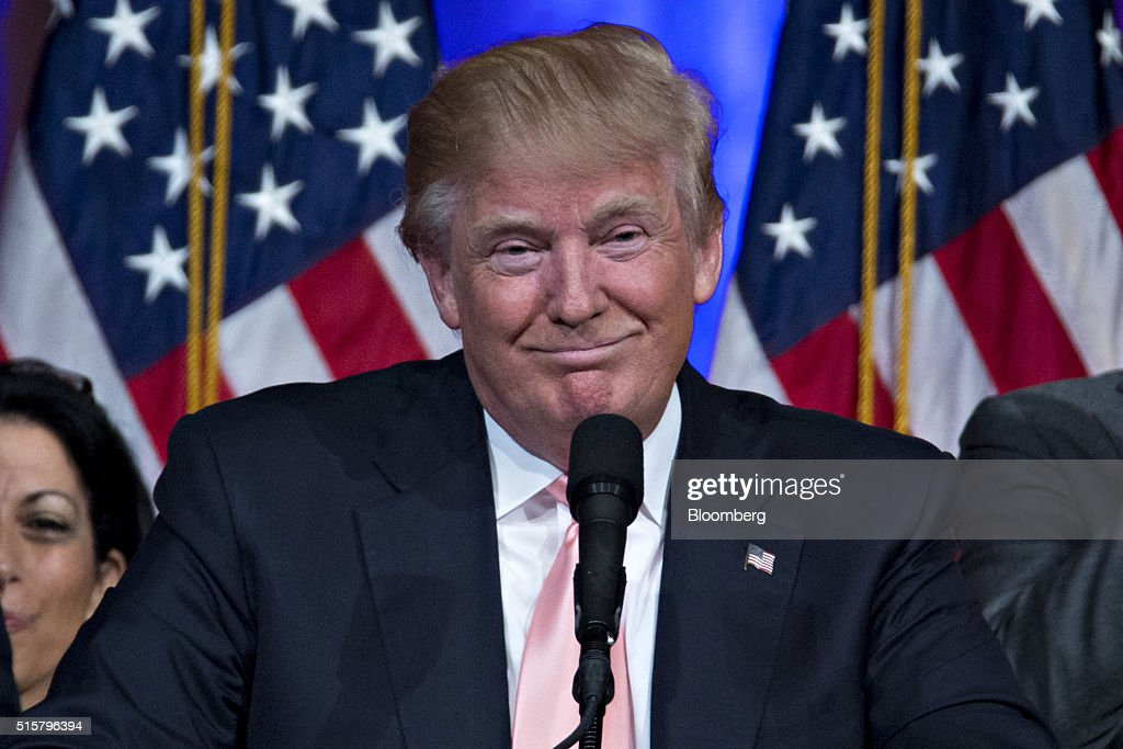 Presidential Candidate Donald Trump Holds Election Night News Conference : News Photo