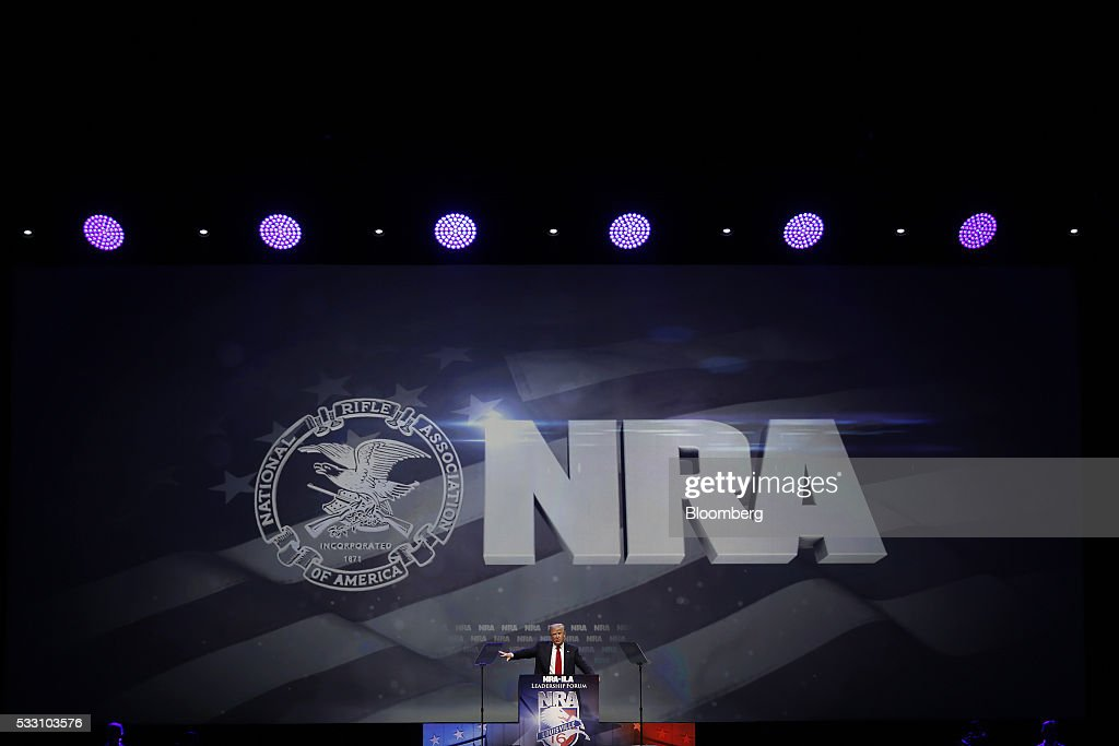 Presumptive Republican Presidential Nominee Donald Trump Speaks At The National Rifle Association Annual Meeting : News Photo