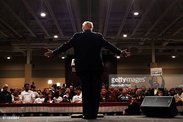 Donald Trump speaks to South Carolina voters on the eve of the state's primary on February 19 2016 in North Charleston South Carolina While polls...