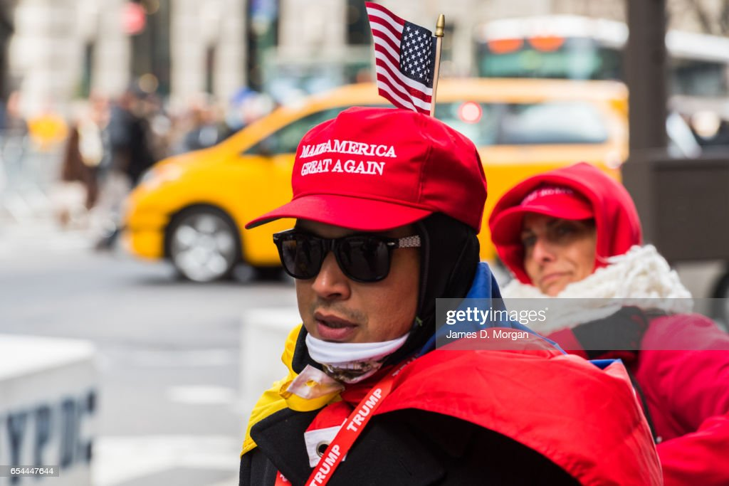 Trump Supporters outside Trump Tower : News Photo