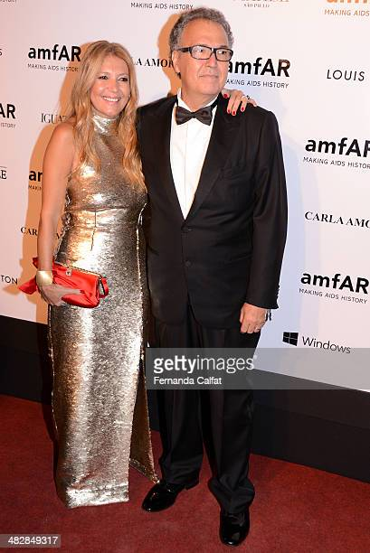 Donata Meirelles and Nizan Guanaes attend amfAR's Inspiration Gala Sao Paulo on April 4 2014 in Sao Paulo Brazil