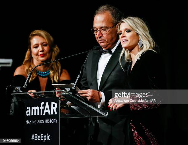 Donata Meirelles Nizan Guanaes and Helena Bordon speak onstage during the 2018 amfAR gala Sao Paulo at the home of Dinho Diniz on April 13 2018 in...