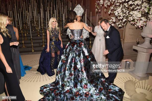 Donatella Versace Amal Clooney Rihanna and Anna Wintour attends the Heavenly Bodies Fashion The Catholic Imagination Costume Institute Gala at The...