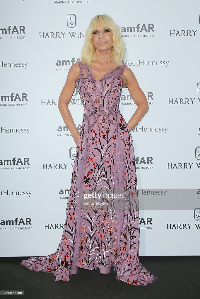 Donatella Versace attends the amfAR dinner at the Pavillon LeDoyen during the Paris Fashion Week Haute Couture on July 5, 2015 in Paris, France.