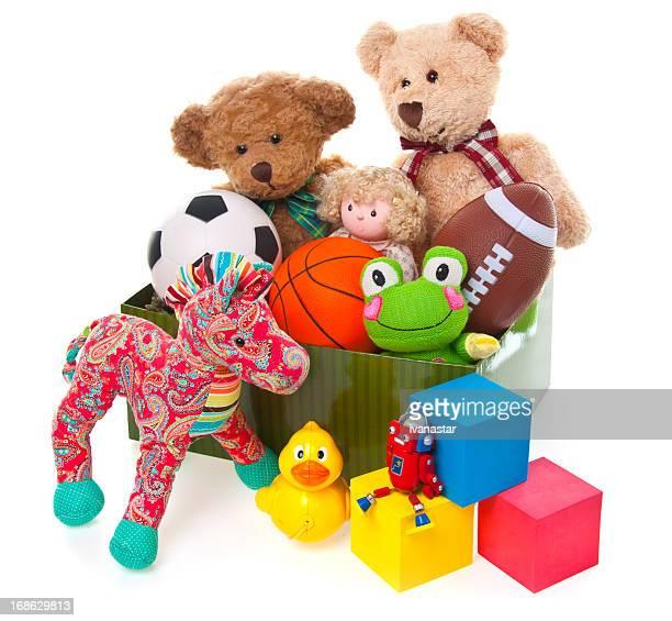 Spende Box voller Spielzeug und gefüllte Tiere