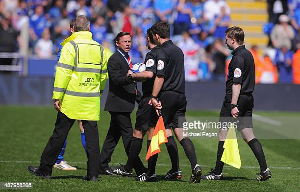 Doncaster manager Paul Dickov has words with the referee after the Sky Bet Championship match between Leicester City and Doncaster Rovers at The King...