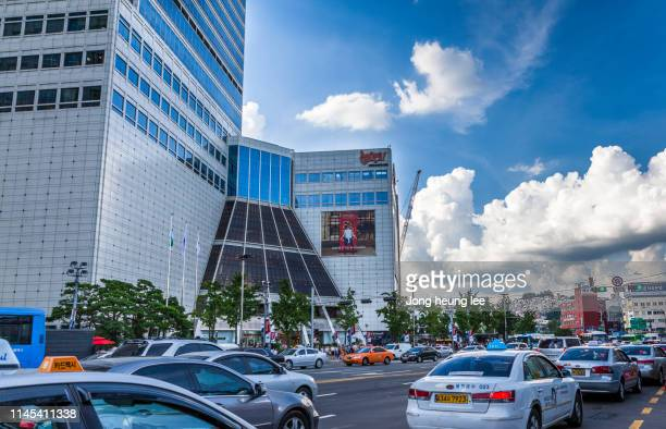 dongdaemun fashion town special tourist zone in seoul - jong heung lee stock pictures, royalty-free photos & images