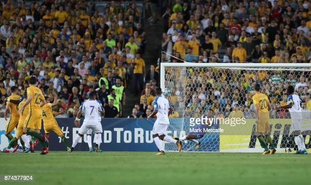 Donis Escober of Honduras makes a save during the 2018 FIFA World Cup Qualifiers Leg 2 match between the Australian Socceroos and Honduras at ANZ...