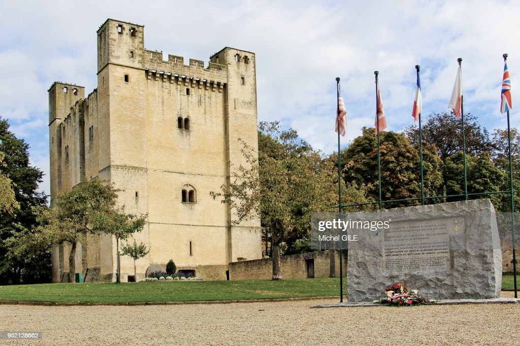 Donjon de Chambois : News Photo