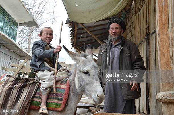 CONTENT] Donkey freight by Temor and his son at the Kishim market in NorthEastern Afghanistan Kishim 2013 DSC_0001_KIS
