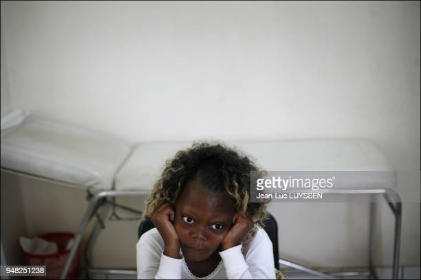 Donna 20 years old a patient treated at the Pointe Noire CTA since the age of 12 The young woman suffers from growth problems as a result of many...